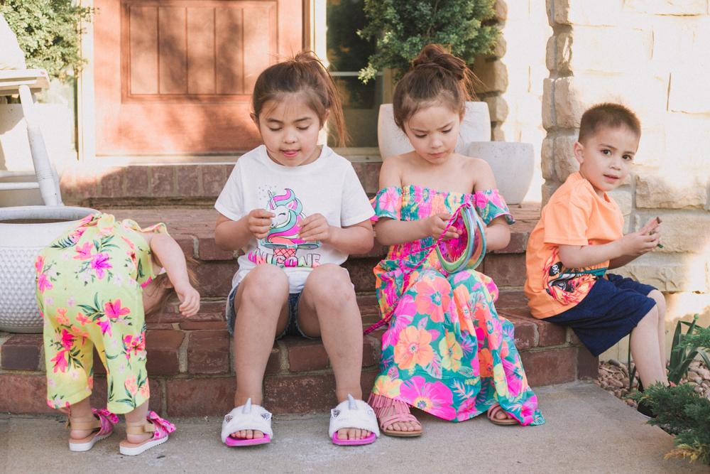kids clothes subscription box