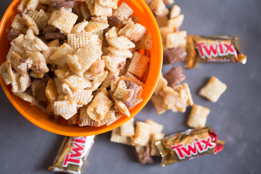 Triple C Cereal, Chocolate and Caramel Mix Recipe for BOO-grams